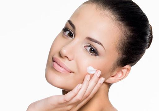 curd-skin-benefits
