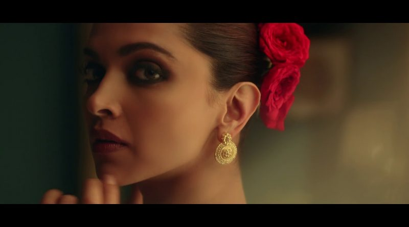 tanishq-gold-earrings