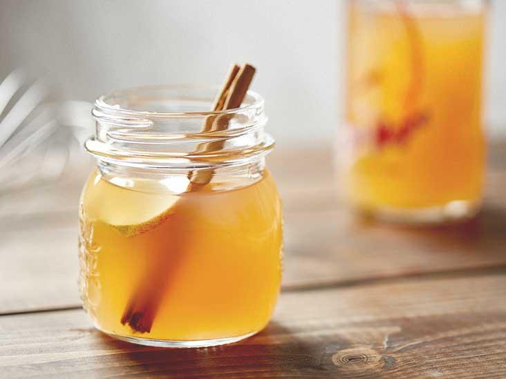 Apple Cider Vinegar and Cinnamon Detox Drink