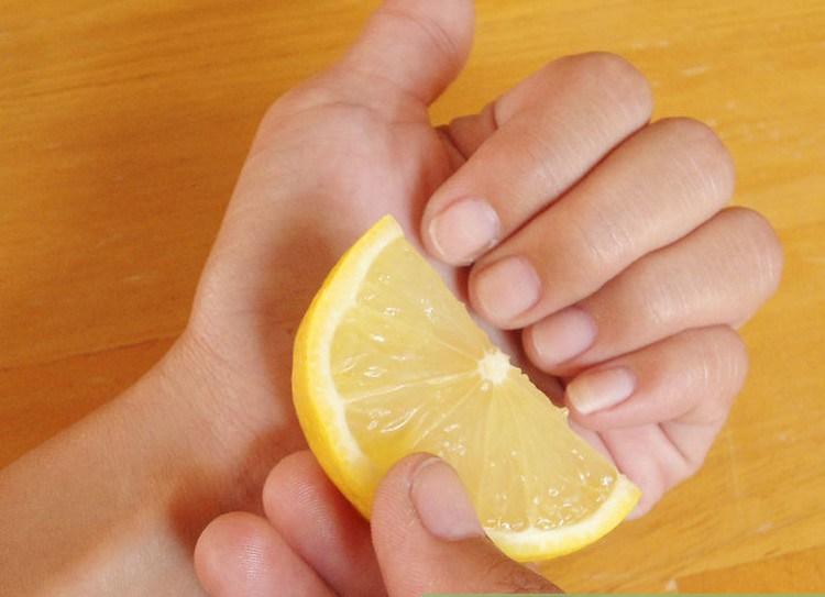 DIY-nail-treatment-at-home