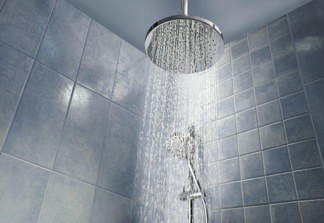 lukewarm water for hair