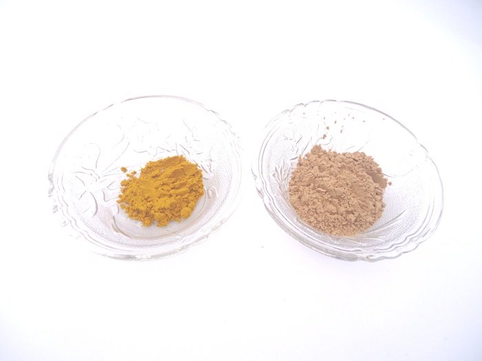 Sandalwood and Turmeric Face Pack