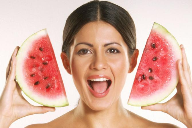 homemade-watermelon-face-masks
