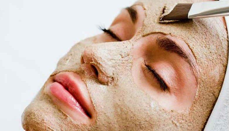 sandalwood-face-packs-for-skin-whitening