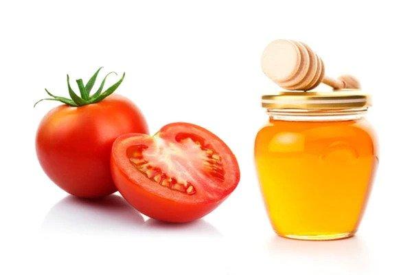 tomato garlic honey face mask