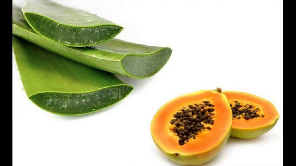 Aloe Vera and Papaya Face Mask