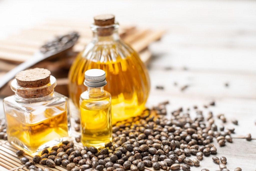 Castor-Oil-Cleansing-Method