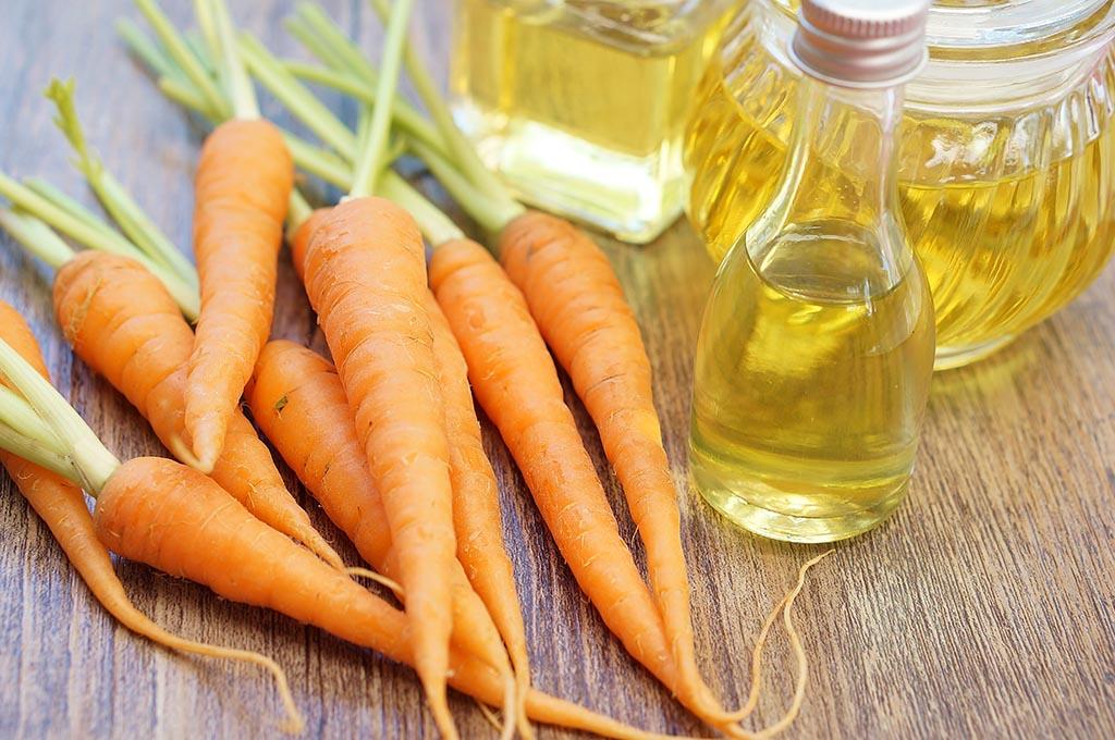 carrot-olive-oil-face-mask