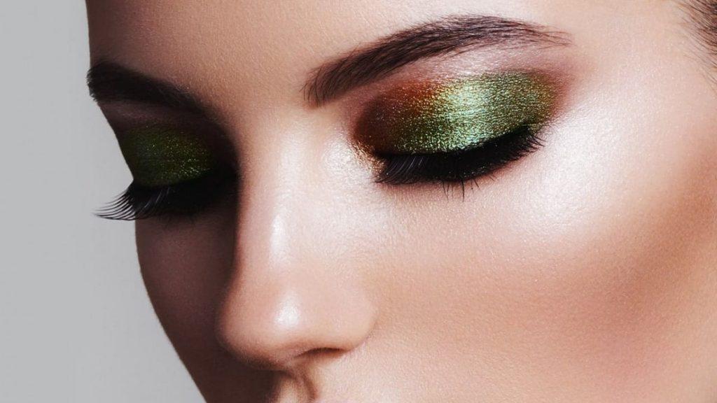 shimmer eyeshadow look