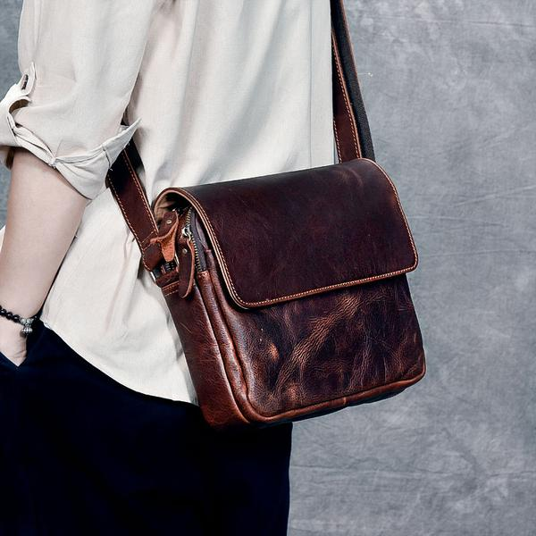 latest-indian-street-fashion-trends-for-men-cross-body-bag