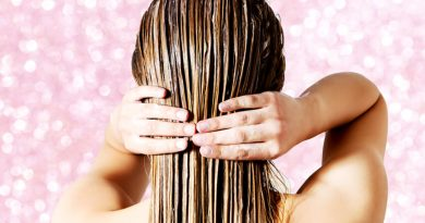 should you wet your hair everyday