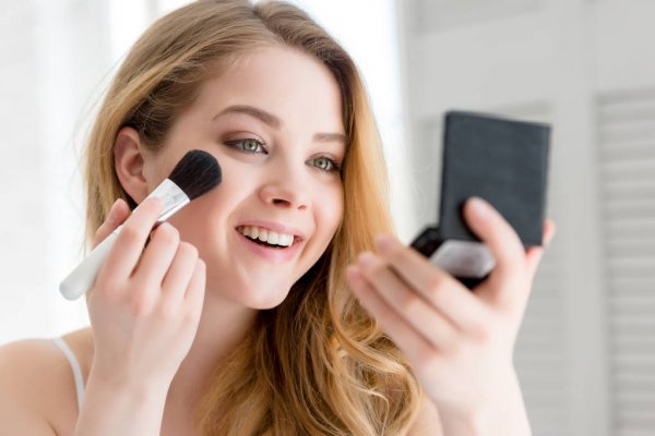 List of Makeup Products For Beginners
